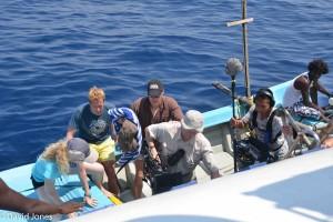 Sri Lanka - loading the boat